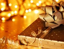 Golden box full with presents - HD wallpaper