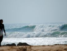 Big waves - perfect summer day for surf