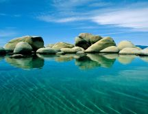 Big stones in the water - HD summer wallpaper