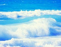Beautiful Ocean waves - perfect summer holiday