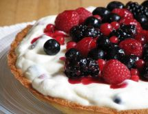 Mini tart with berries - an irresistible dessert