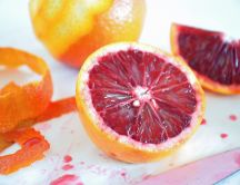 Red grapefruit juice - fruit slices