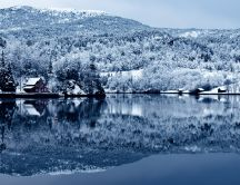 Beautiful white nature - mirror in the lake