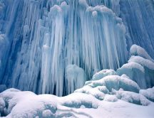 Beautiful frozen waterfall - HD white wallpaper