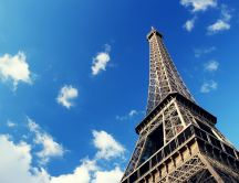 View of the Eiffel Tower on a picture-perfect day
