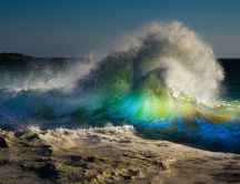 Amazing colorful waves in sea - HD wallpaper