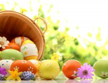 Beautiful flowers painted on Easter eggs - Happy spring time