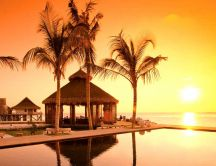 Golden sunset at the beach - Tropical island summer holiday