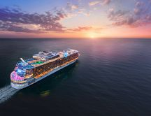 Luxury on a Caribbean cruise - Romantic summer holiday